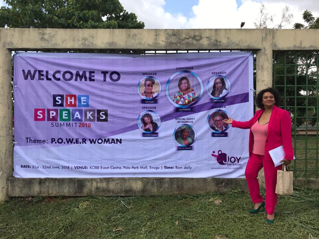 Wereldwijd spreken met Lucinda Douglas Empowerment